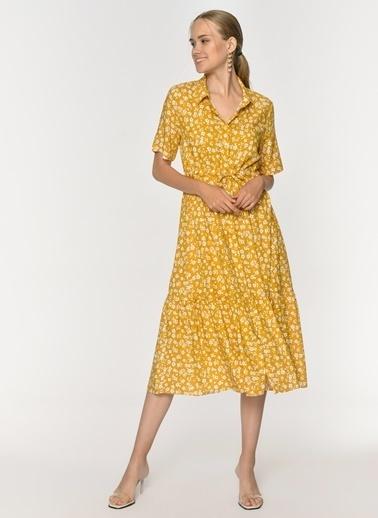 Loves You Beli Büzgülü Çiçek Desenli Düğmeli Viskon Elbise Hardal